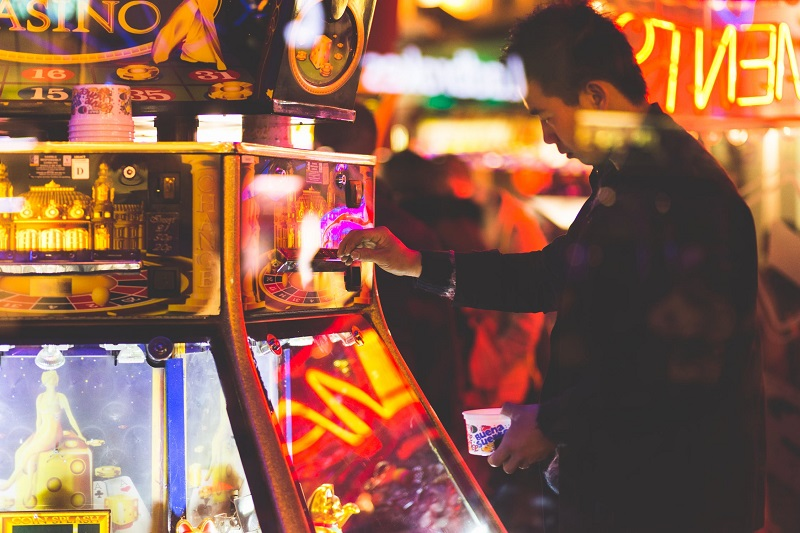 Many people in the UK have a gambling addiction and actively seek help.